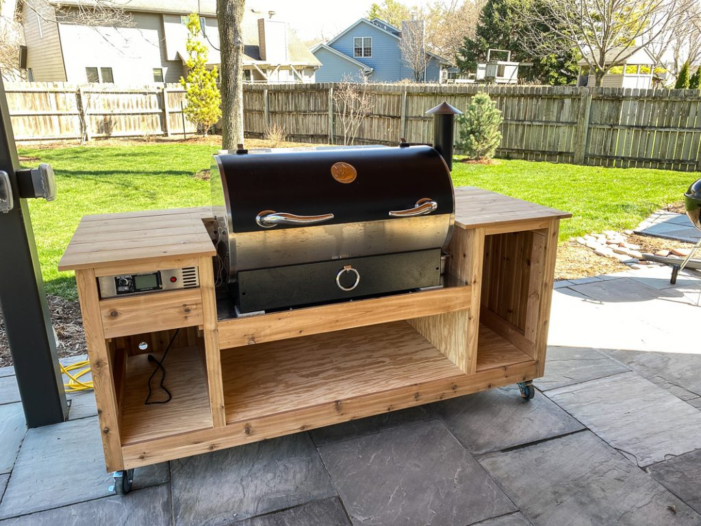 rec tec grill cart with cedar trim installed